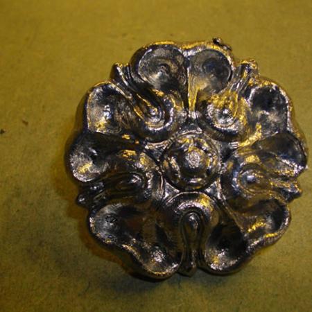 lead tudor rose